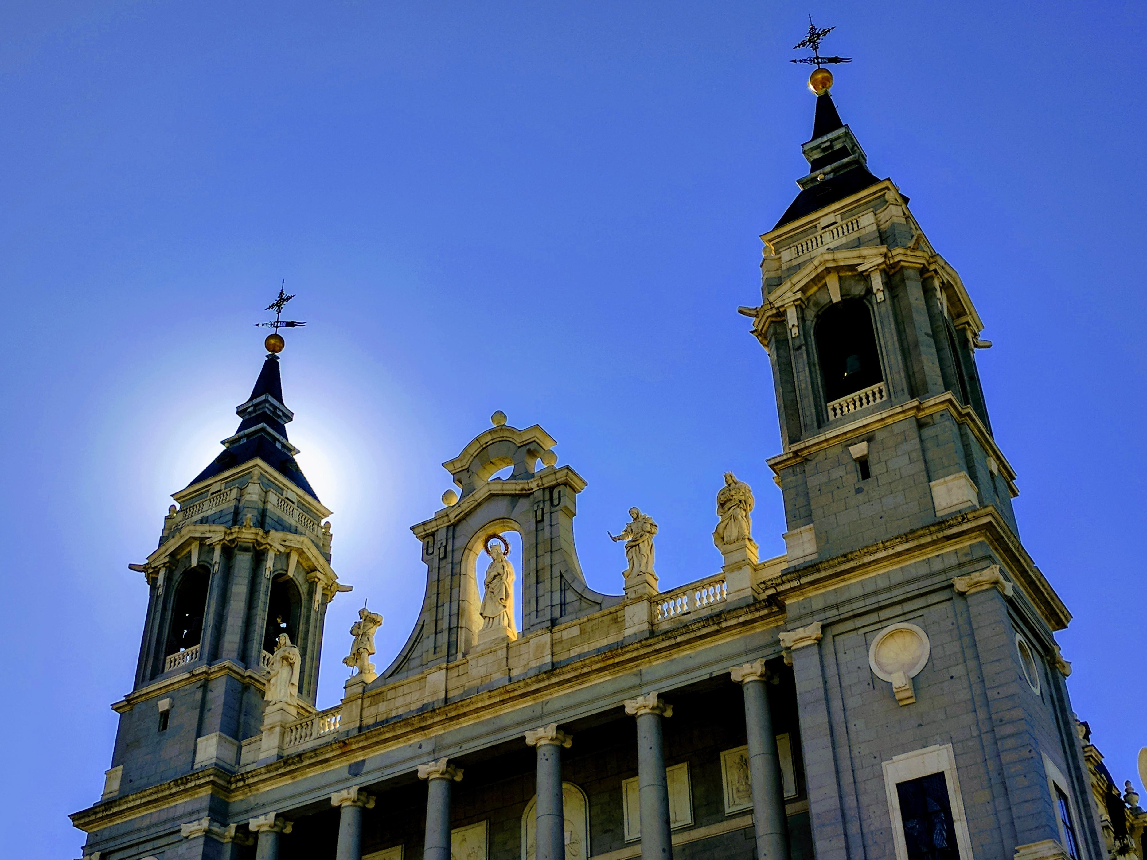 Hola! Madrid